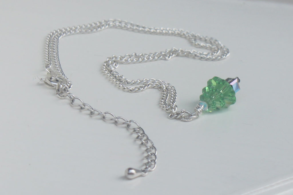 Hand-made Christmas Tree Necklace - Peridot