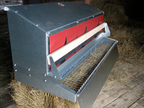 Chicken nest box with roll out egg tray
