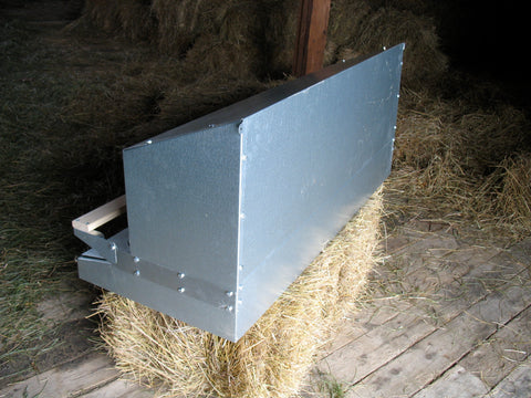 Free standing or wall mountable metal nest box