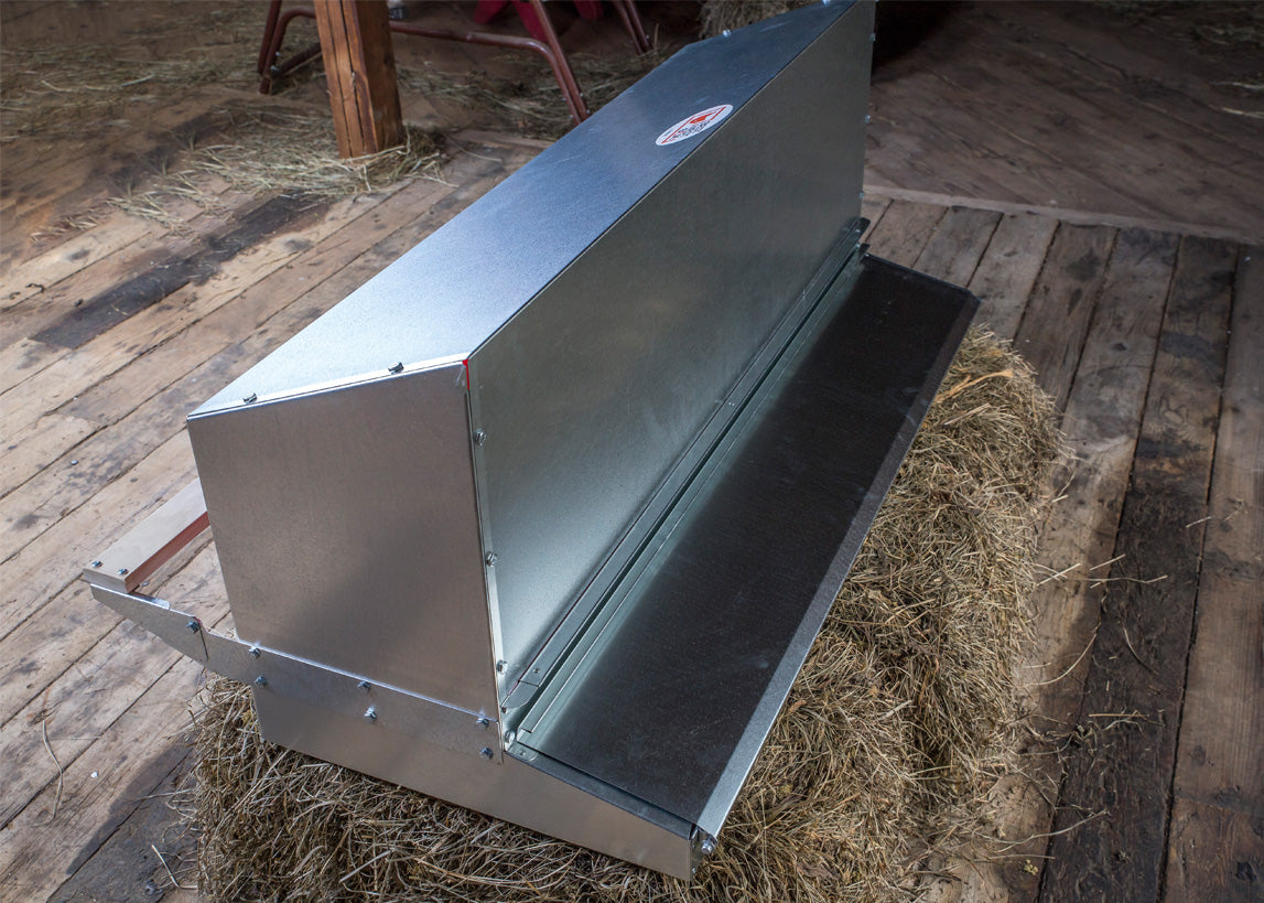 Rear roll out chicken nest box for sale