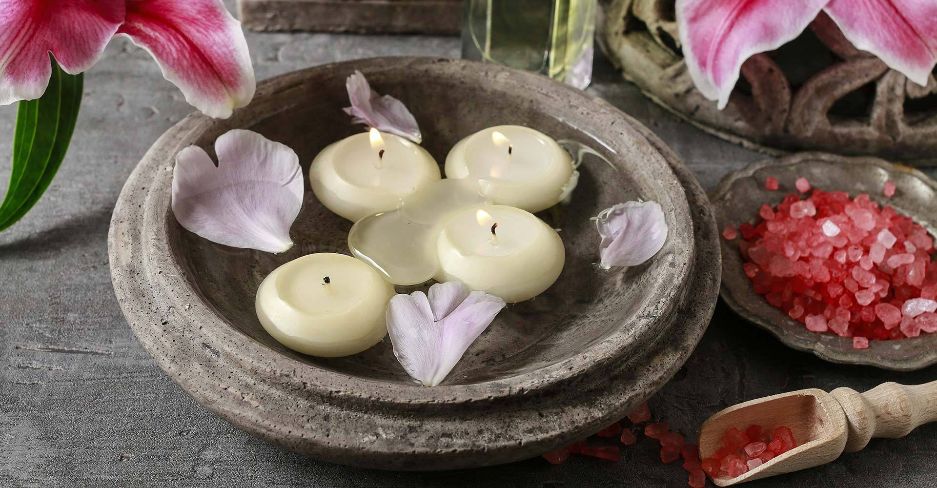 Floating Candles and flowers