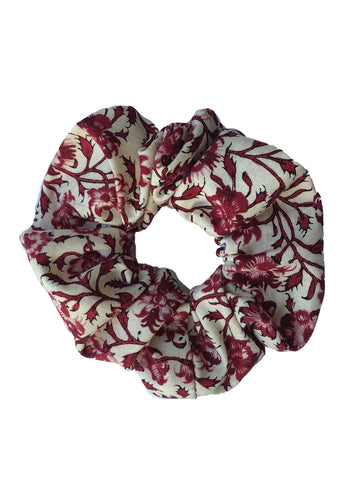 SCRUNCHIE RED FLOWER