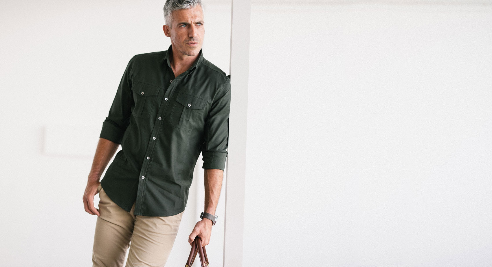 Editor Utility Shirt in olive green
