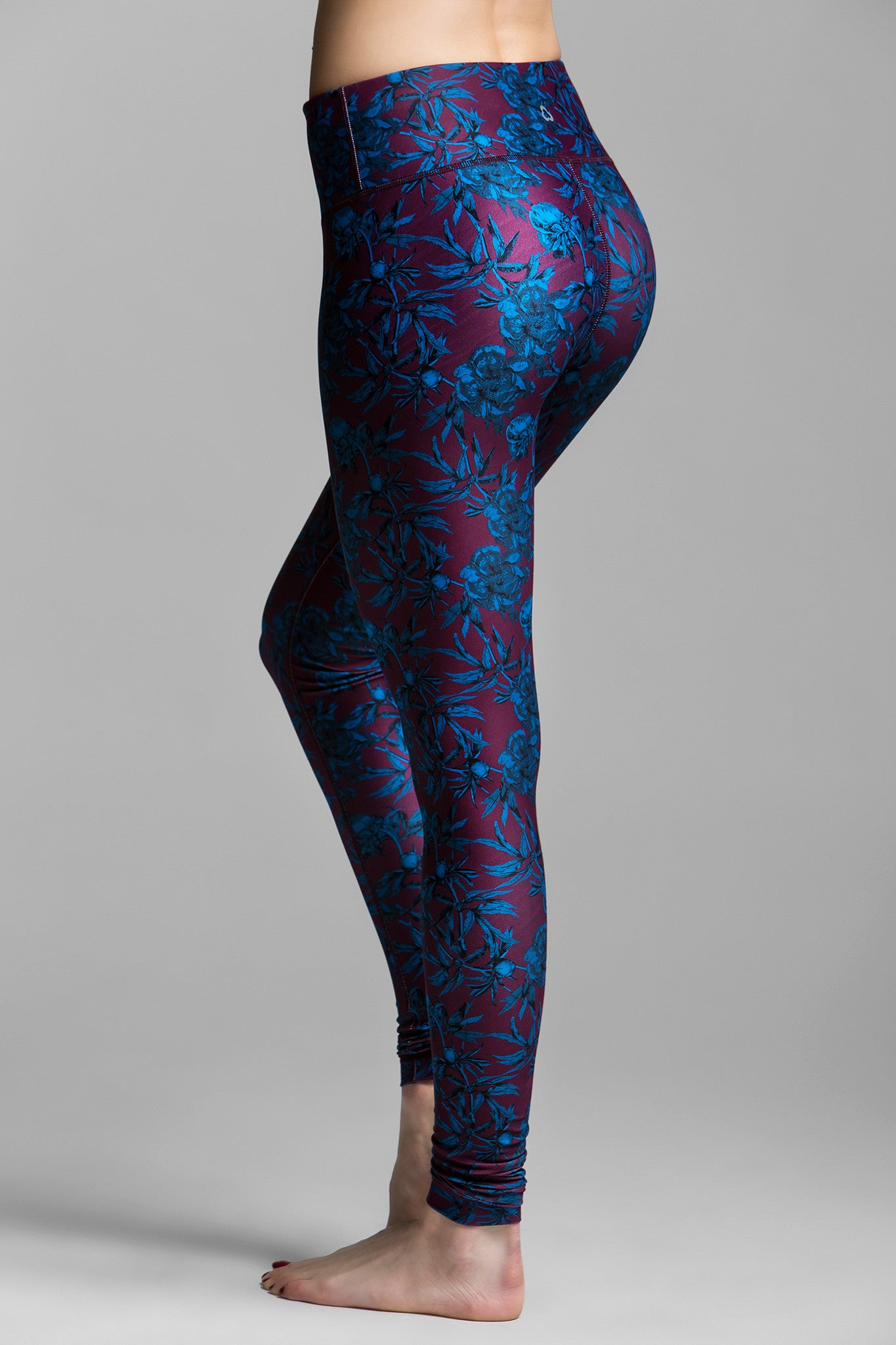 Lucky Royal Rose Graphic Leggings