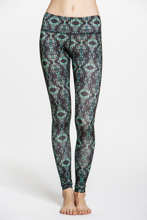 Lucky Graphic Legging - SALE