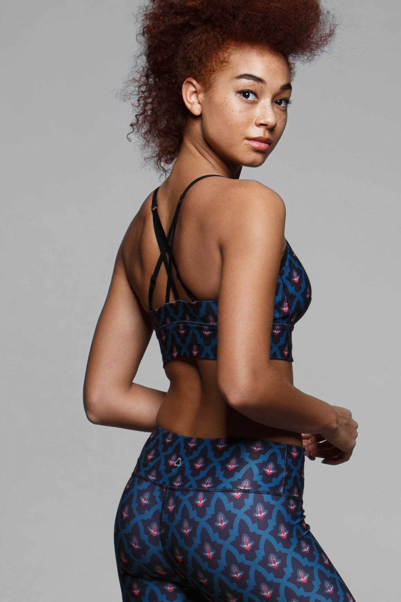 Lilith Crop Light Impact Sports Bra - Morocco