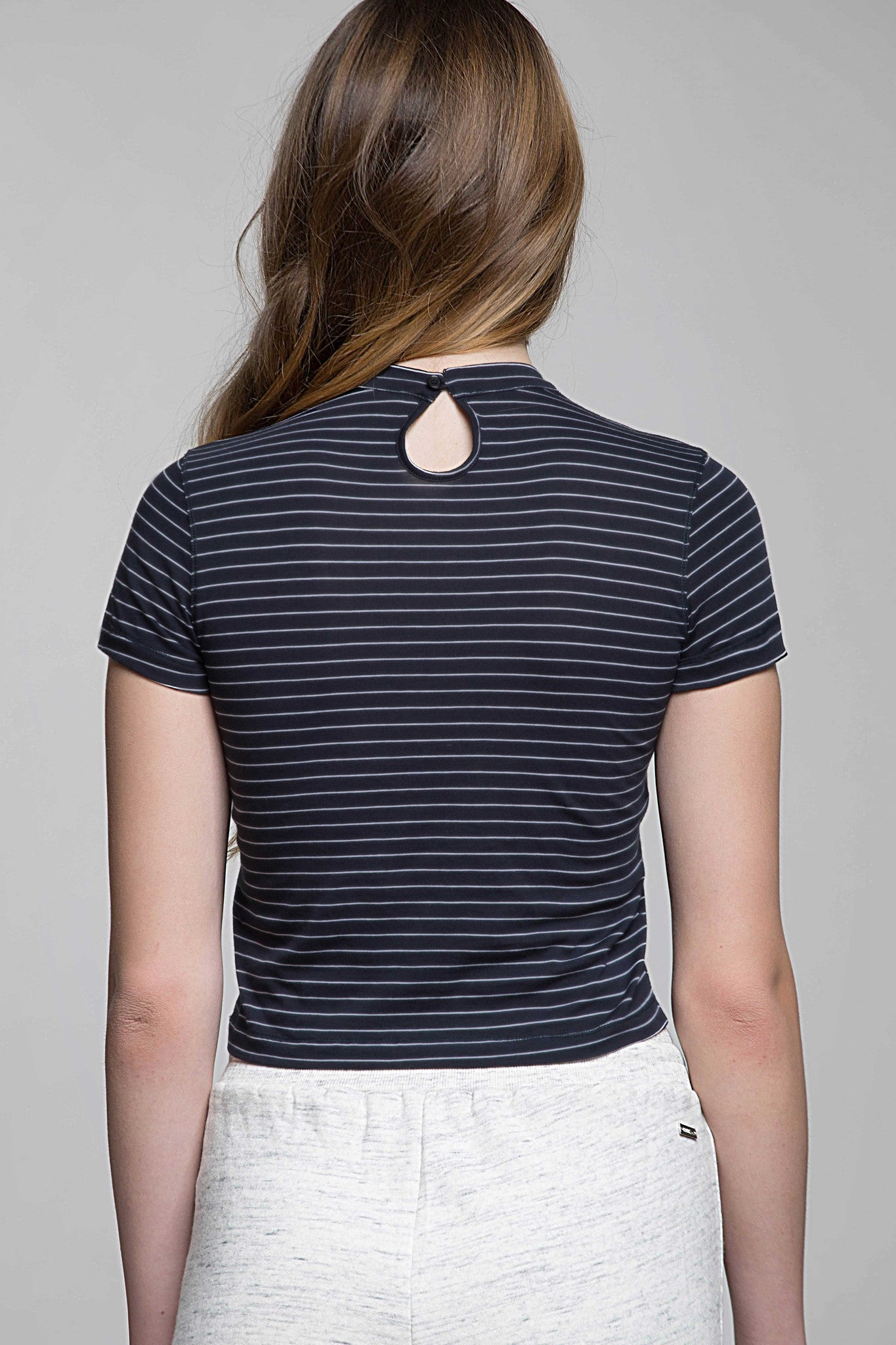 Mariniera Mock Neck Crop Tee