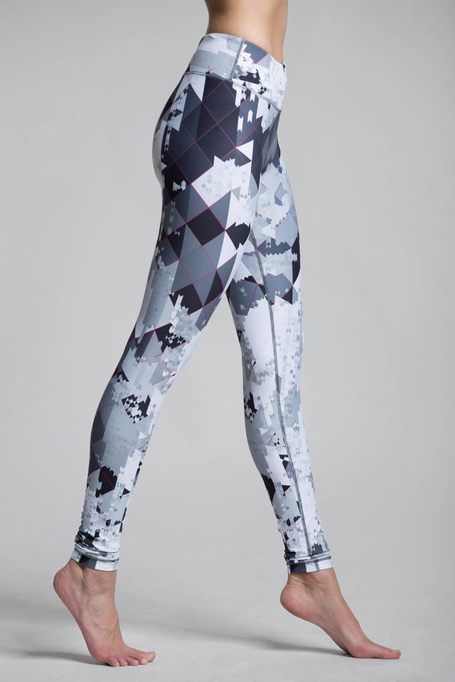 Lucky Mono Pix Graphic Legging