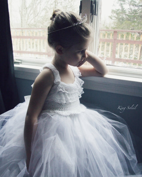 Queen Anne's Lace Tulle Gown Custom Sash - King Soleil - 6
