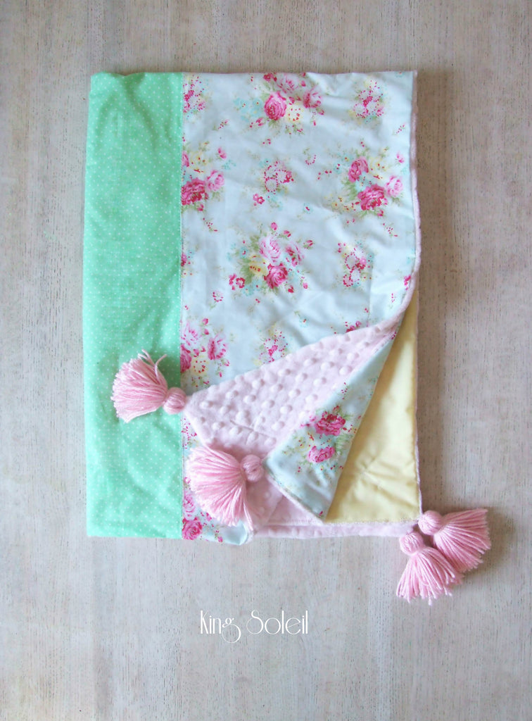 Cottage Baby Blanket with Tassels - King Soleil - 1
