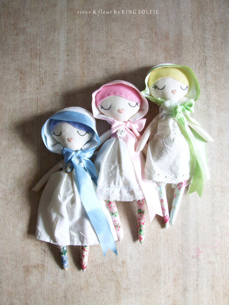 Heirloom Doll BlueBell Cottage Collection - King Soleil - 7