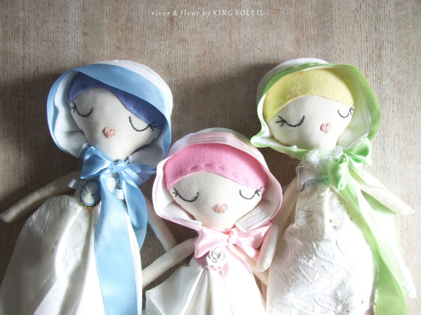 Heirloom Doll BlueBell Cottage Collection - King Soleil - 6