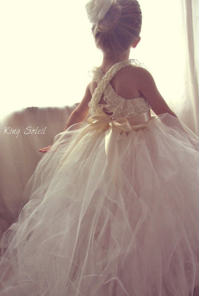 Queen Anne's Lace Tulle Gown Custom Sash - King Soleil - 2