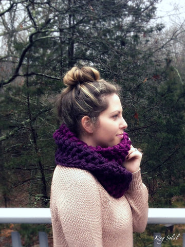 Ombre Puff Cowl in Plum - King Soleil - 1