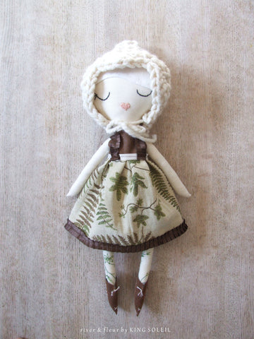 Heirloom Doll Rosalyn Woodland Collection - King Soleil - 1