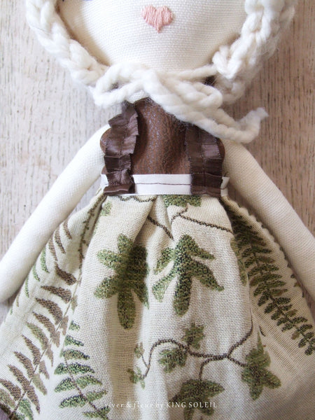 Heirloom Doll Rosalyn Woodland Collection - King Soleil - 5