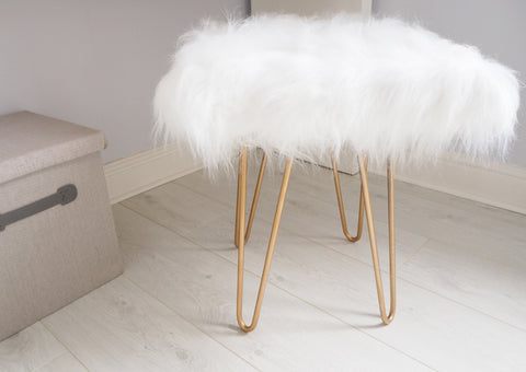 Fluffy sheepskin stool with hairpin legs