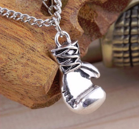 Boxing Glove Pendant (Lisnaree)