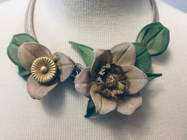 Custom Flower Leaves Necklace