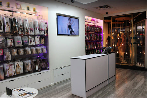 Interior view of a Colombiana Boutique location