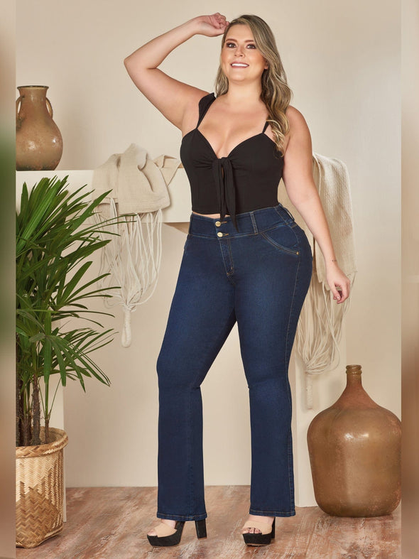 colombian butt llift flare jeans with black crop top an dheels curvy plus size