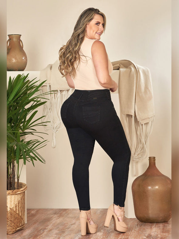 back view skinny butt lift jeans with nude heels curvy model