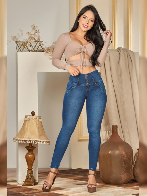 colombian fashion butt lift jeans skinny taupse crop top and brown heels