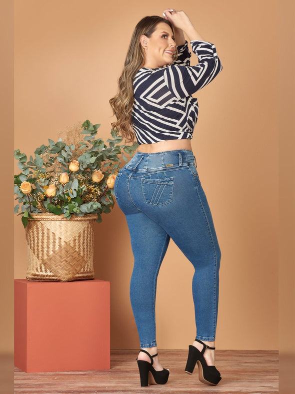 back view butt lift colombian jeans with black platform heels and geometric crop blouse