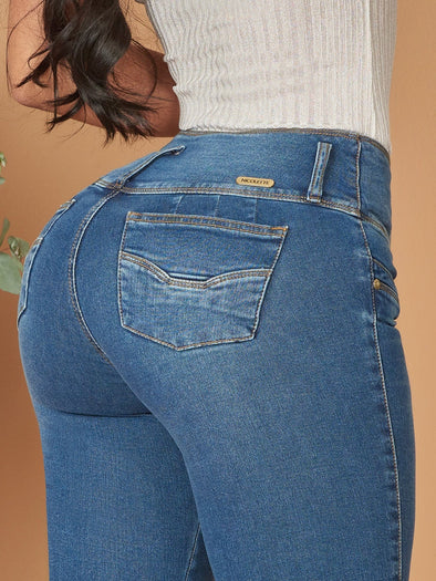 medium blue wide set pockets butt lift colombian woman jeans
