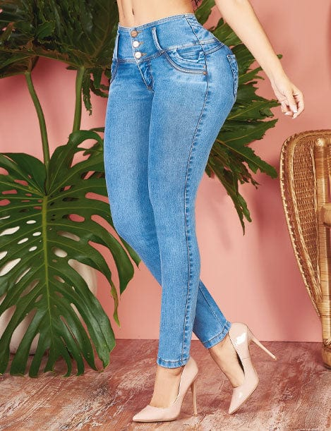 light blue colombian jeans with high heels three button skinny fit