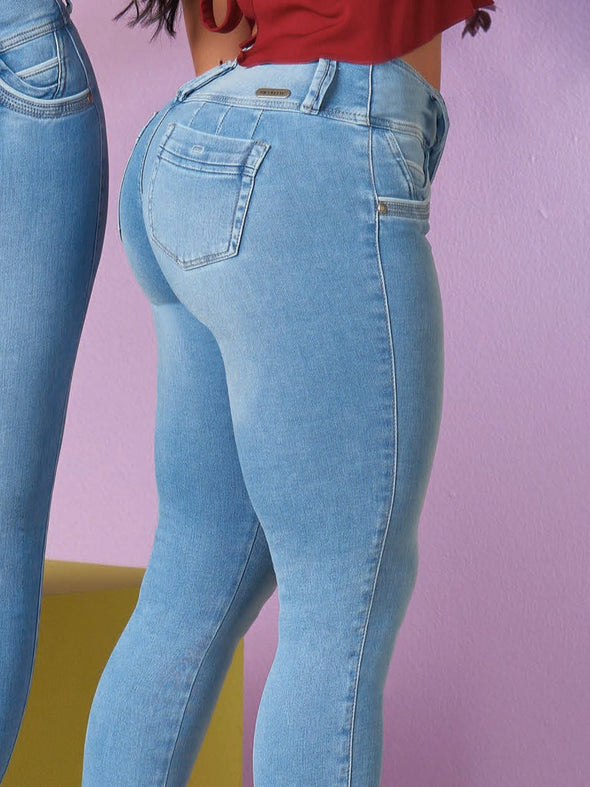 colombian light wash butt lift jeans
