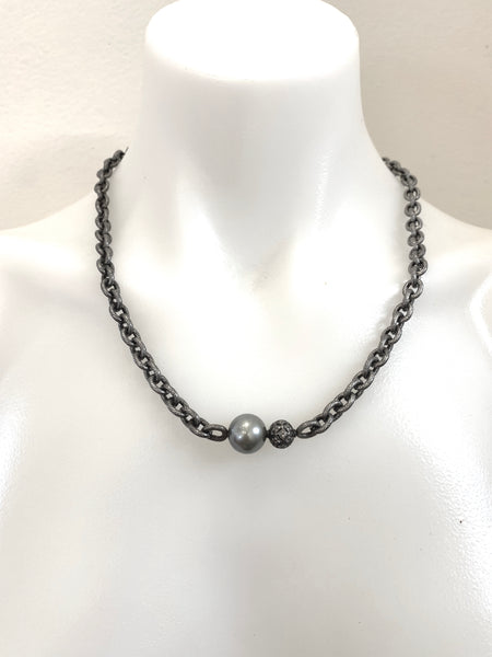 SINGLE TAHITIAN PEARL NECKLACE WITH VICTORIAN DIAMOND BEAD