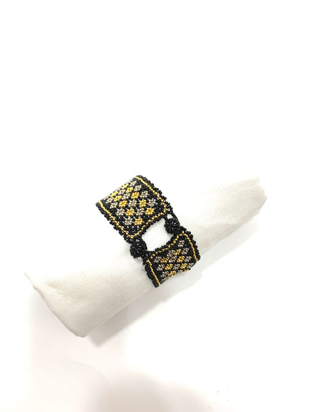 GOLD AND SILVER REPEATING DIAMOND PATTERN BRACELET