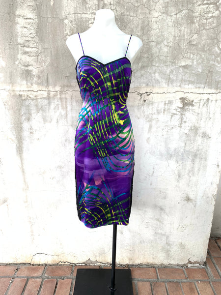 SHORT PURPLE PRINT DRESS WITH SPAGHETTI STRAPS