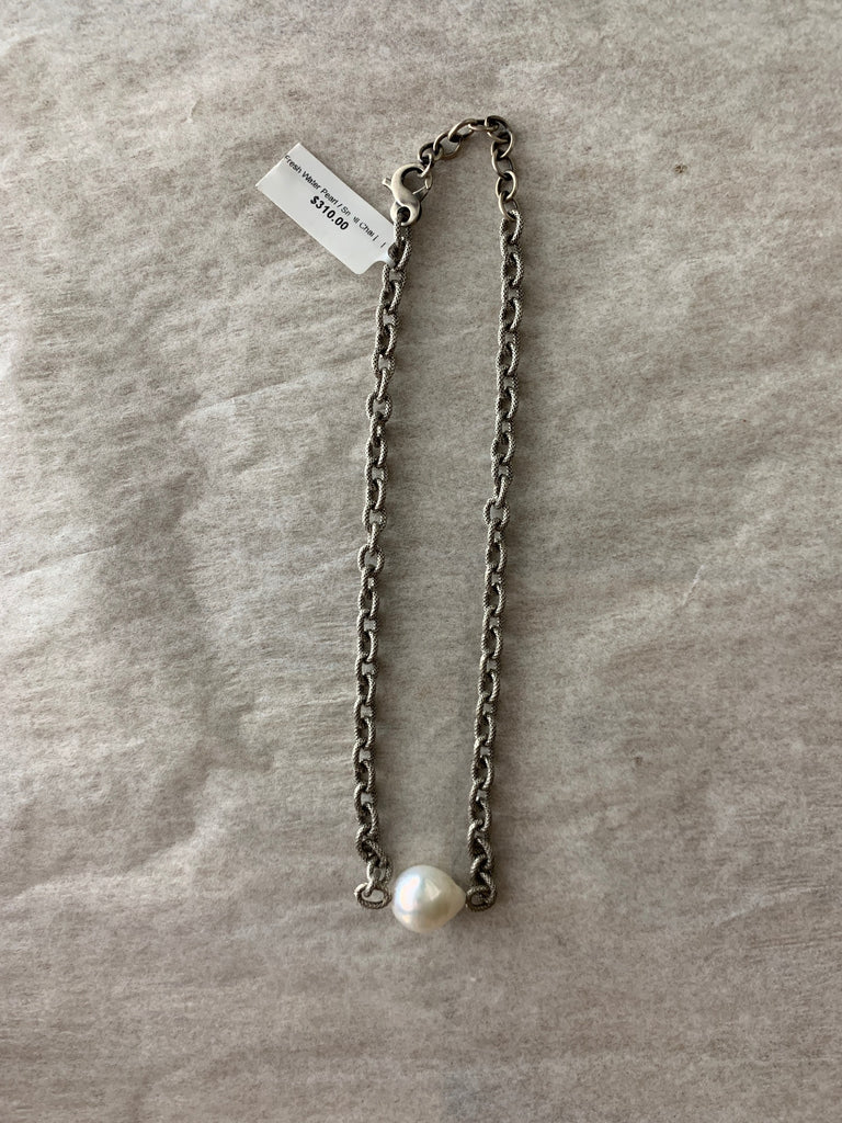 Freshwater Pearl on Small Chain