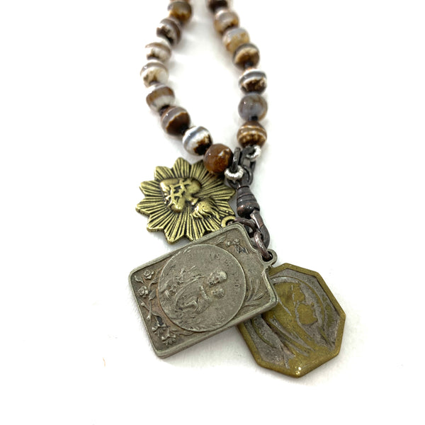 AGATE BEAD ROASARY STYLE NECKLACE WITH ST ANTHONY, MARY AND SACRED HEART MEDALLIONS