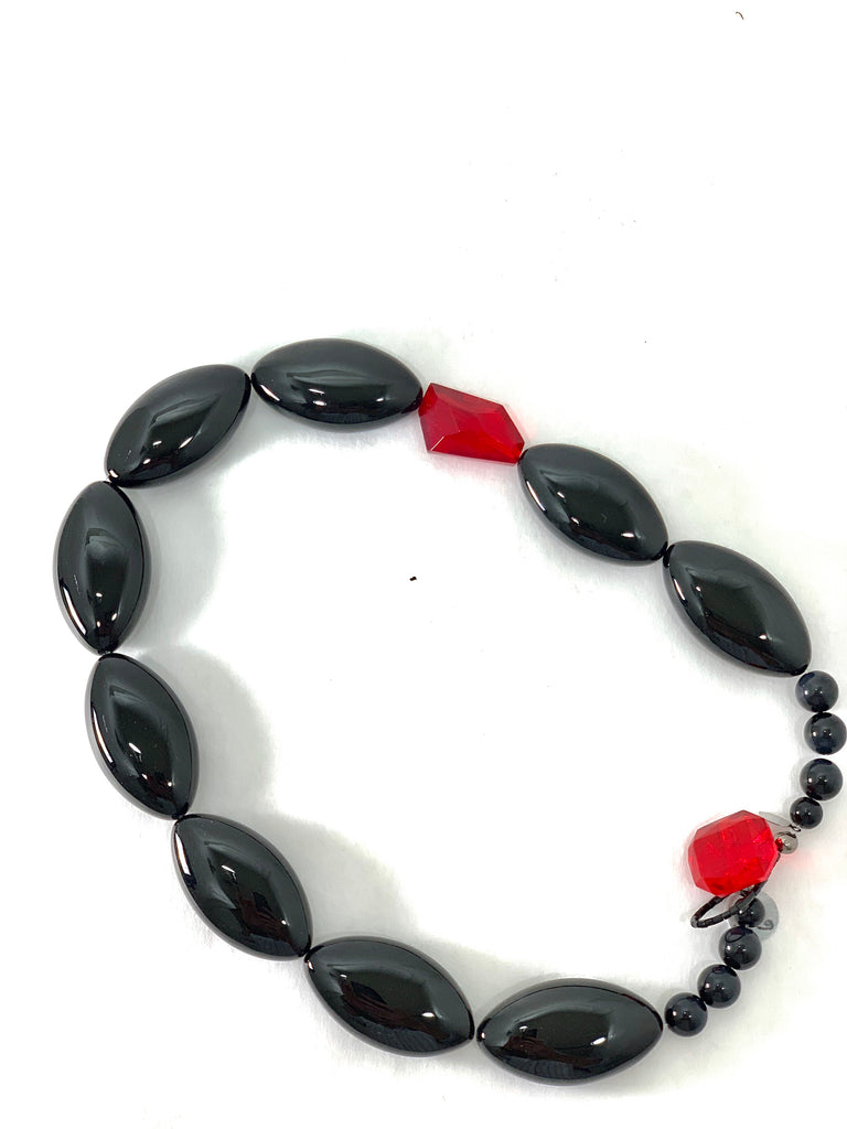 BLACK ONYX AND RED GLASS BEAD NECKLACE