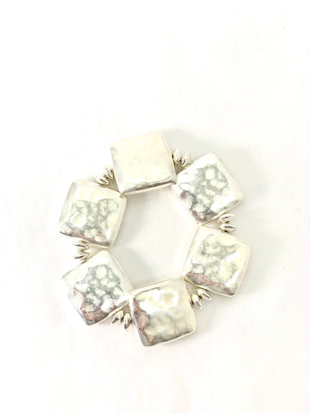 DIMPLED SILVER PLATED SQUARES STRETCH BRACELET