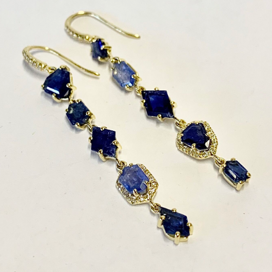 GEMMA EARRINGS IN TANZANITE