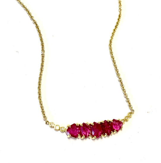 RUBY NECKLACE WITH FIVE STONES