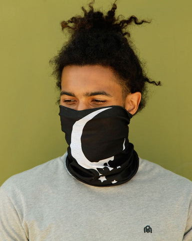 Dripping Moon Seamless Mask Bandana-Lifestyle