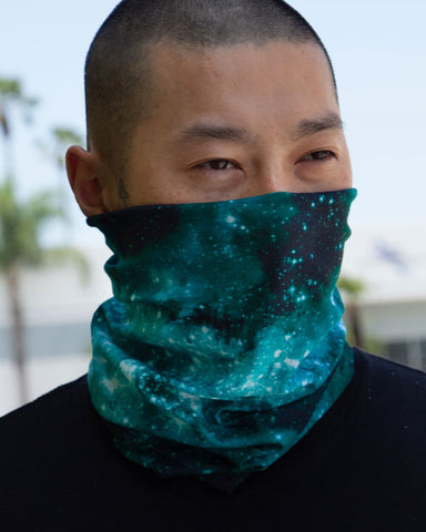 Team Electric Seamless Bandana-Lifestyle1