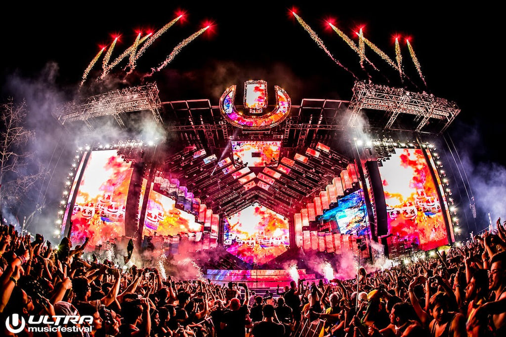 Ultra Music Festival Mainstage at Night