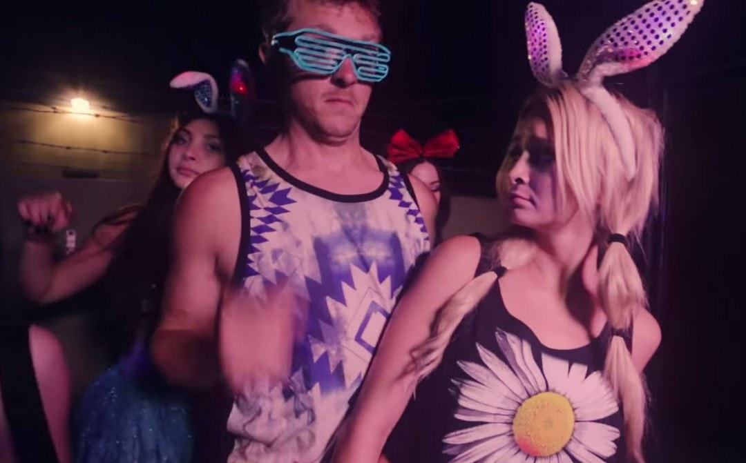 Pros vs. Bros: How to Not Creep on Girls at a Festival