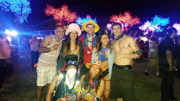 ravers making new friends at nocturnal wonderland