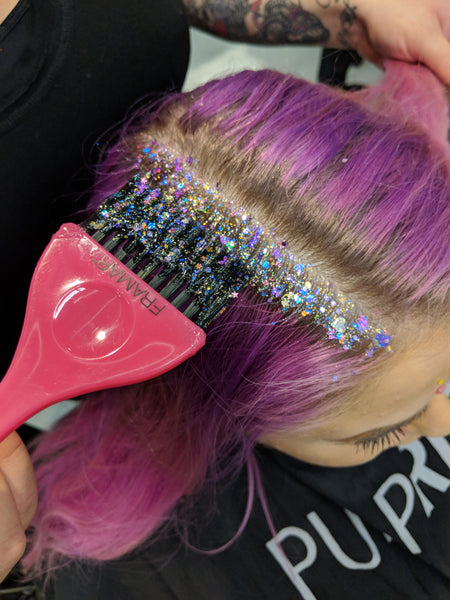 Applying Glitter Roots to Purple Hair