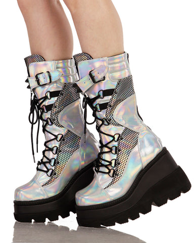Holographic Buckle Platforms