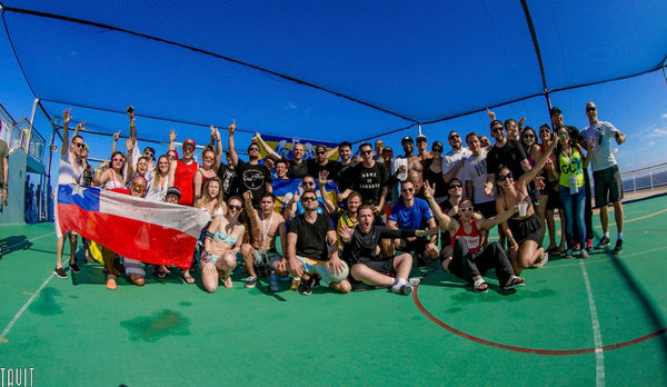 ravers make friends at groove cruise LA