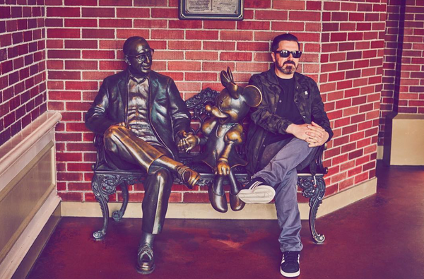 Pasquale Rotella posing at Disneyland