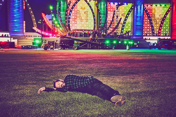 Pasquale Rotella resting in front of the main stage